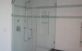 Beth Ayer Design modernizes bathroom